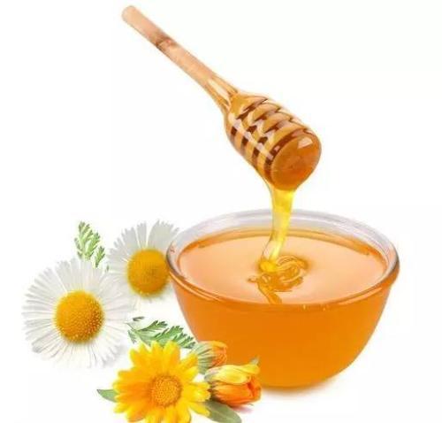 在农村养蜂人家里买的纯土蜂蜜,为什么每次的颜色都不一样?
