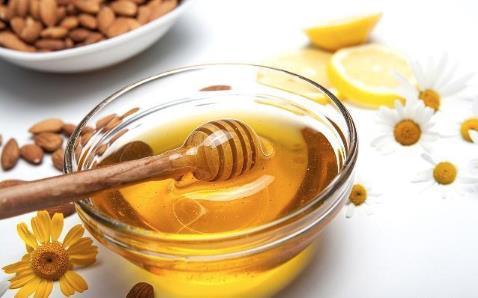 如今蜜蜂已经不像过去一样养殖,还能算土蜂蜜吗?养蜂人讲了实话