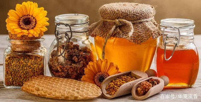 蜂蜜变成乳白色像猪油一样,是什么原因?是真的蜂蜜吗?