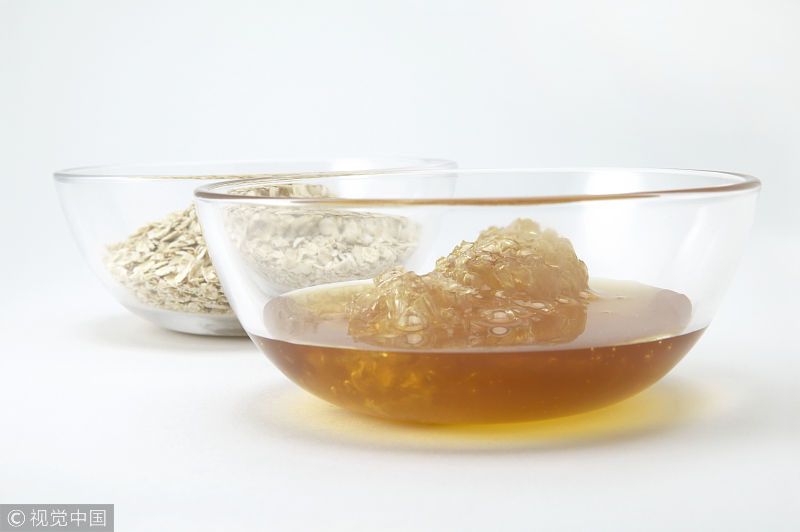 长期喝蜂蜜水,身体不容易出现癌症?但两类人却一口都不能碰