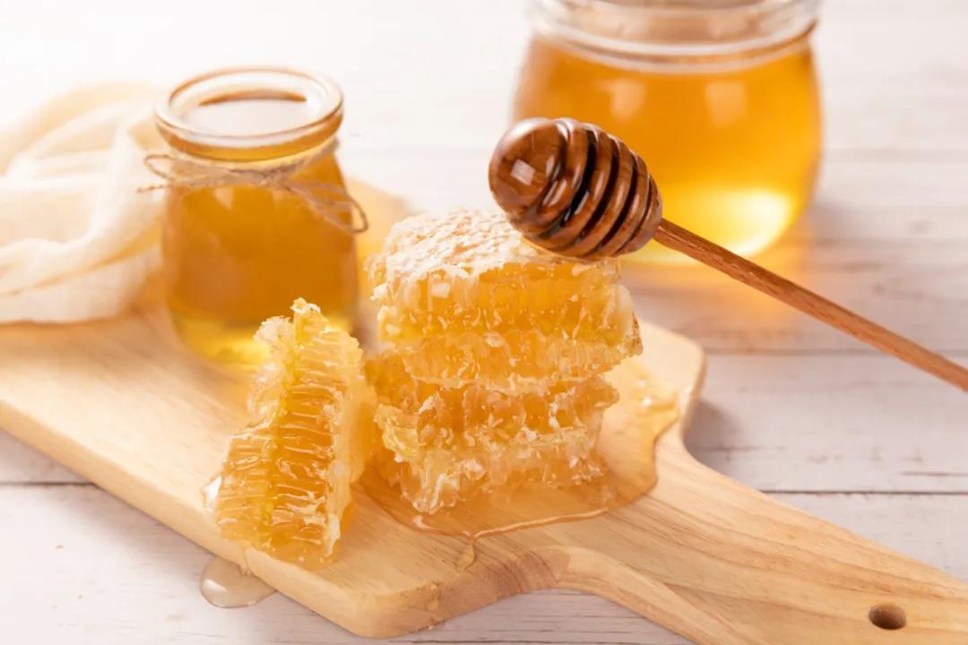 蜂蜜搭配不同的食材,效果各不同